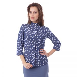 presenting_clothes_on_webshop